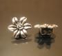 Бусина металлическая цветок на две нити #00184